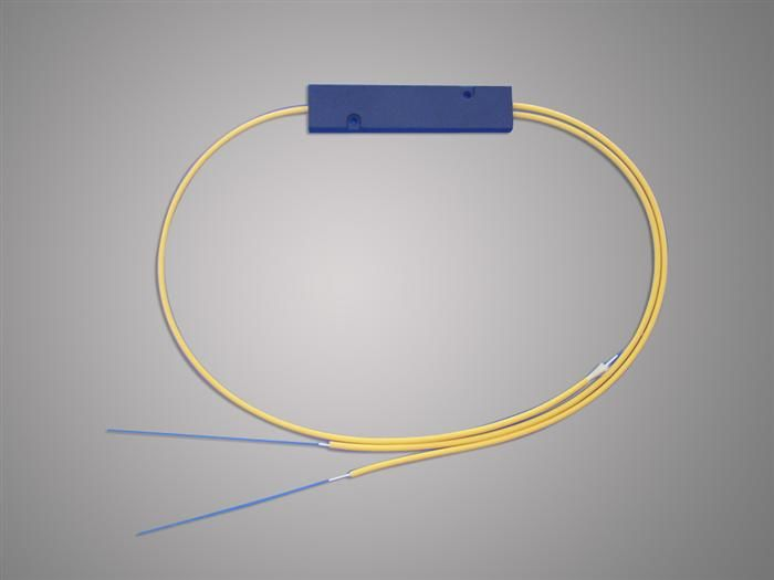 الصين High Reliability 1 * 2 FBT Optical Fiber Splitter 1310 / 1550nm For Local Access Ntwork المزود